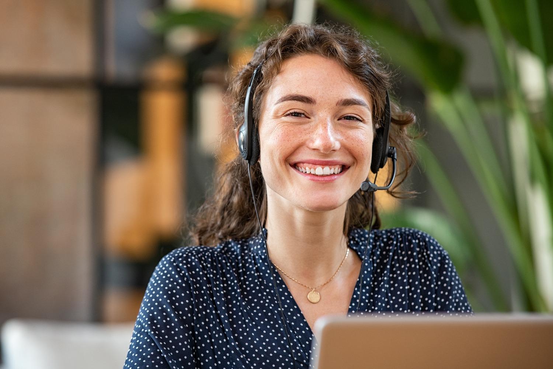 Customer-success-agent_AdobeStock_403025935web